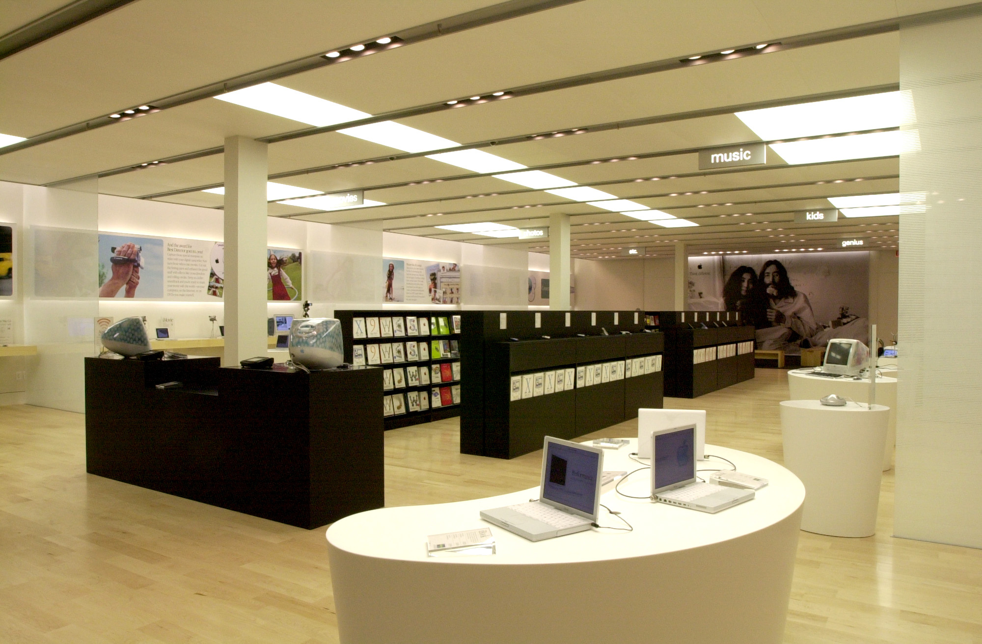 Today marks ten years of apple retail stores macstories for New ideas for retail stores